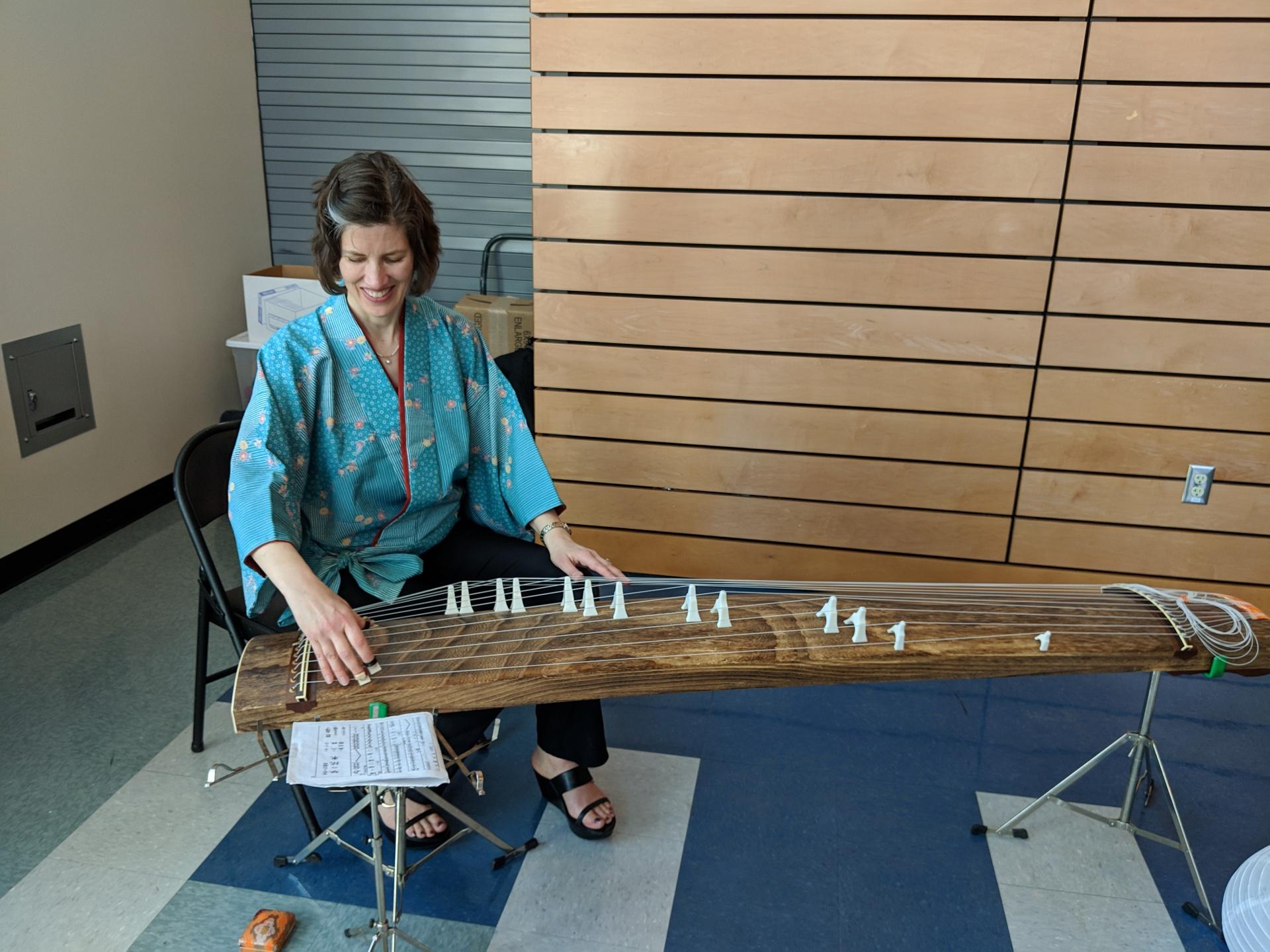 Sarah plays the koto