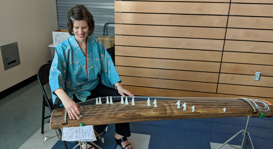 Sarah plays the koto